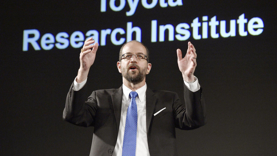 Gill Pratt, who will become the chief executive officer of Toyota Research Institute, speaks at a press conference at a Tokyo hotel on Nov. 6, 2015. Toyota Motor Corp. said the same day it will set up the new entity in the United States in January 2016 for conducting research and development of artificial intelligence. (Kyodo) ==Kyodo