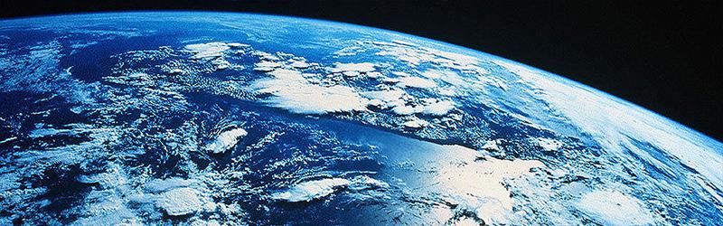la-tierra-es-esferica-casi-y-orbita-en-torno-al-sol