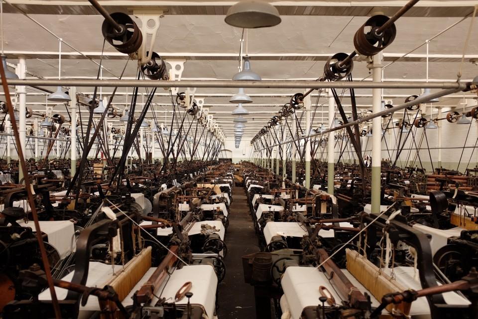 Maquinas trabajando