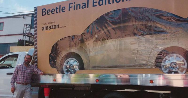 Amazon entrega en una caja el primer coche que Volkswagen